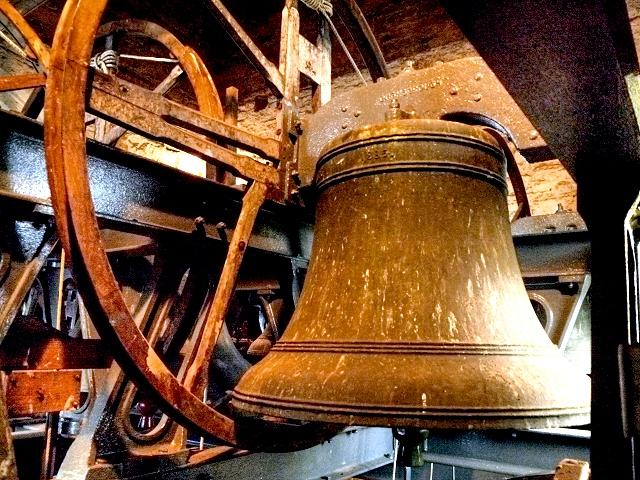 church bells 3123654_b8b72814